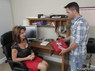 Kris finds his friend's mom at home hardcore milf xxxvideo