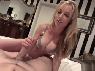 Hot busty blonde chews on a big stiffy and gets a load on her face   xxxvideo
