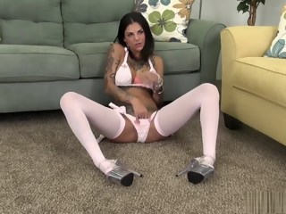 Tattooed beauty in pink stockings Bonnie Rotten makes herself cum hard   xxxvideo