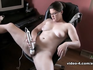 hairy bbw masturbation solo