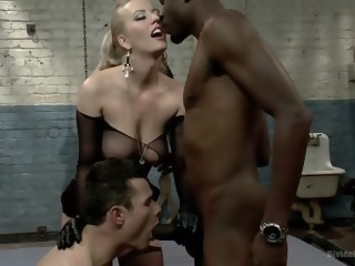 Interracial Cuckolding  straight xxxvideo
