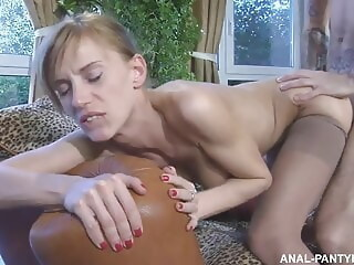 Husband anally reassured wife after unsuccessful casting reassured anally xxxvideo