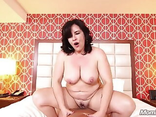 42 year old Freaky hairstylist MILF Doggy style freaky year xxxvideo