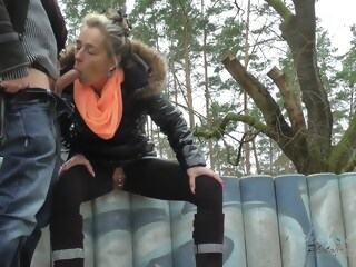 Shopping-Tour und Outdoorfick  outdoorfick xxxvideo