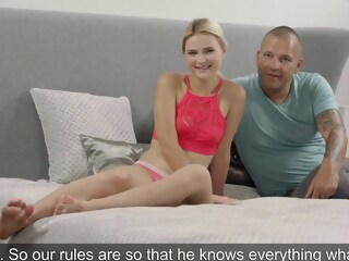 Young blonde came to the casting and had sex with experienced man... sex casting xxxvideo