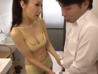 Hot Japanese Mom and her Young Son son mom xxxvideo