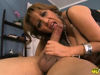Marisa invited Carlo to her bedroom and asked him to fuck her tight ass hole carlo invited xxxvideo