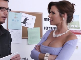 Learning from his busty boss milf brunette xxxvideo