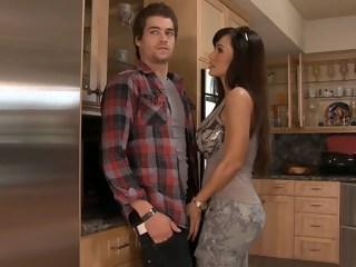 Lisa Ann realizes his plight brunette blowjob xxxvideo
