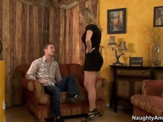 He can pay his friend's mom back hardcore blond xxxvideo