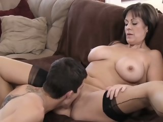 Beautiful mom with very nice body & guy hd mature xxxvideo