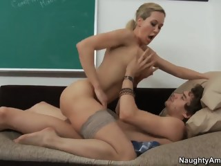 Brandi Love sucks and fucks her students big ass big tits xxxvideo