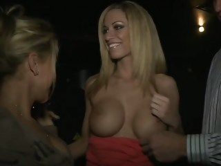 Pretty girl sucking big cock in the VIP milf blowjob xxxvideo