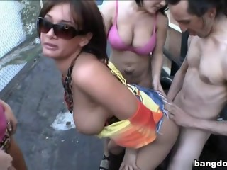 Tearing up Los Scandales! milf lesbian xxxvideo