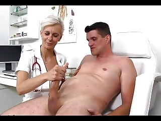 THE PERVERT MATURE DOCTOR -B$R doctor mature xxxvideo