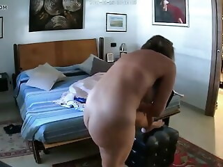 Sexy Mature gets turned on by porn flick gets mature xxxvideo