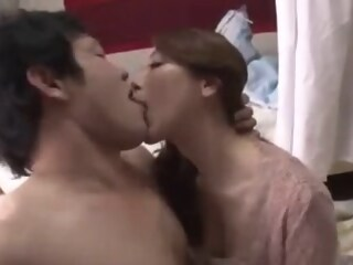My Beautiful Aunt Came to My house Yuko Shiraki yuko house xxxvideo