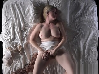 Hot MILF Masturbating herself will Force you to Masturbte herself masturbating xxxvideo