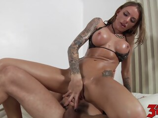 Juelz Ventura takes this cock deep in her pussy takes ventura xxxvideo