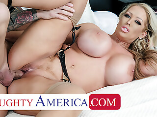 Naughty America - Alura Jenson gives Quinton the best fuck blowjob blonde xxxvideo