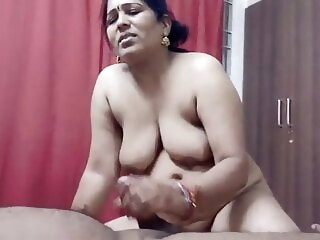 Indian Randi Bhabhi Giving Blowjob milf mature xxxvideo