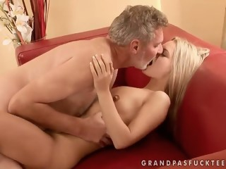 Sabrinka is having some good sex with an older guy and his dick mature blowjob xxxvideo