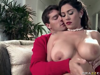Ramon is happy to receive titsjob from seductive Latina Raylene big ass big tits xxxvideo